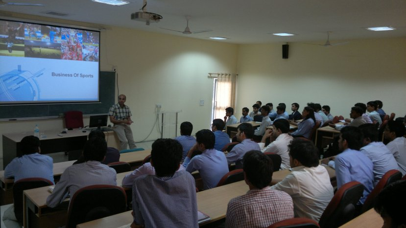 Mr. Prasana Krishnan Interacting with the students of IIM Kashipur