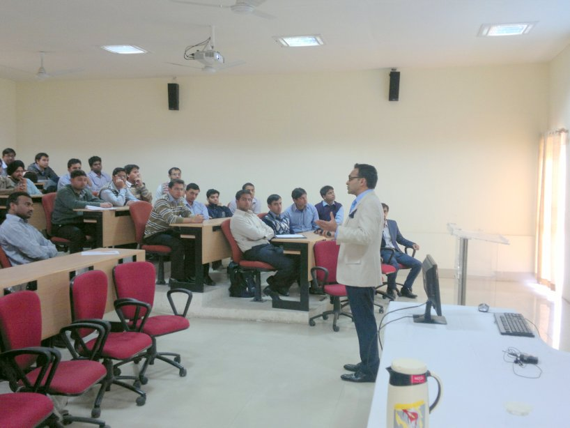 Mr. Nitin Jain interacting with students of IIM Kashipur